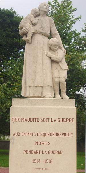 Monument_aux_morts pacifiste d'Equeurdreville Normandie