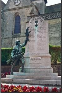 monuments aux morts patriotique d'Amblainville dans l'Oise