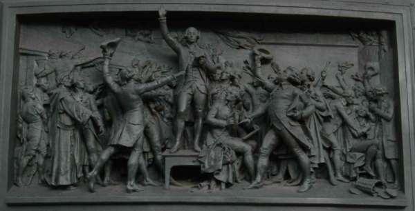 serment du jeu de paume sur socle statue de la République